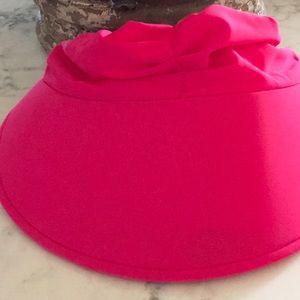 Visor pink hat